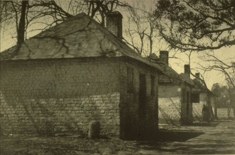 For other views of slave houses at the Hermitage, photoraphed ca. 1900, see Library of Congress, LC-USZ62-103293 and LC-USZ62-110813.