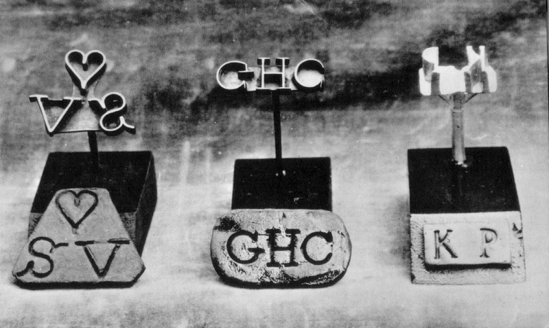 The location of these items was not given in the source, but the originals are in the Wilberforce Museum, Hull, England. For details on branding, see image H006.